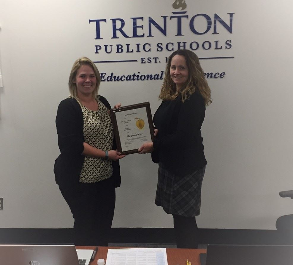 Congratulations to Trenton High School Science Teacher Meghan Potter on being awarded a Golden Apple
